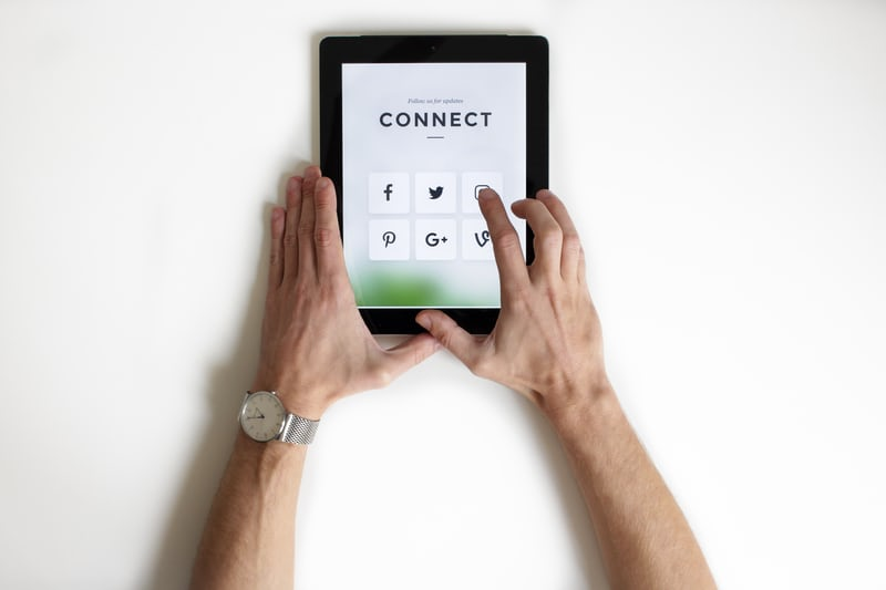 social media productivity loss