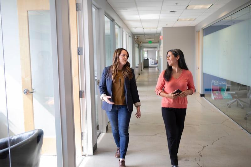 benefits of walking meetings