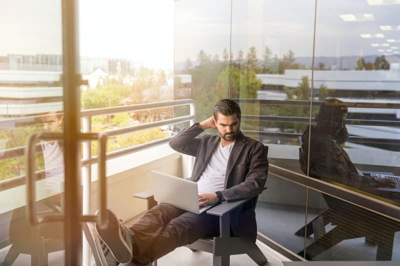 benefits of meditation at work